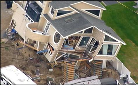 Sandy-Damaged House Destroyed in Fall From Cribbing   JLC