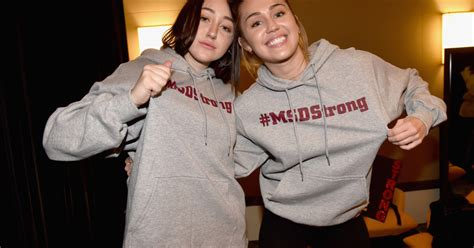 Noah Cyrus Gets Therapy Over Being Compared To Sister