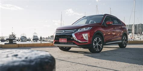 2018 Mitsubishi Eclipse Cross pricing and specs - Photos