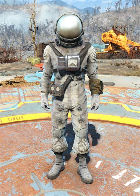 Spacesuit costume   Fallout Wiki   FANDOM powered by Wikia