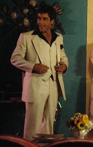 Tony Montana's White Suit in Scarface   BAMF Style