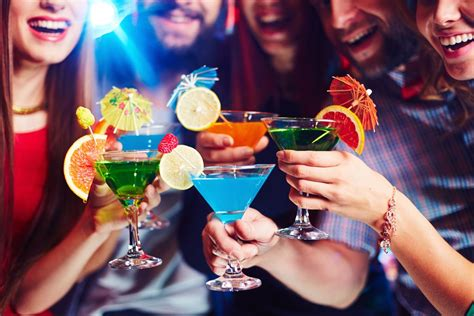 These Healthy Alcoholic Drinks Will Become Your Calorie